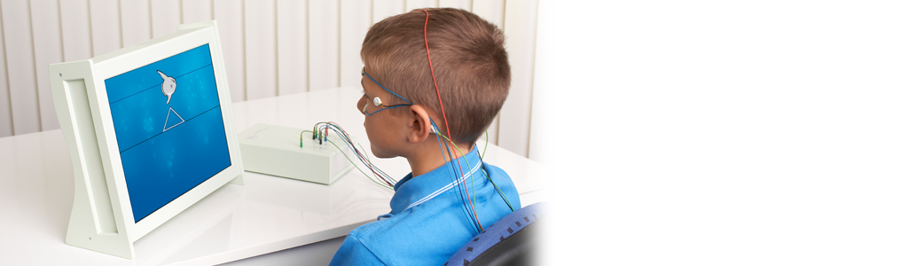 Am Computer trainieren  Regulationstraining am Computer steht im Zentrum des Neurofeedbacks. So, wie der Patient Laufen oder Radfahren gelernt hat, verinnerlicht er beim Neurofeedback, wie er sich verhalten muss, um aufmerksam und entspannt zu sein. mehr >
